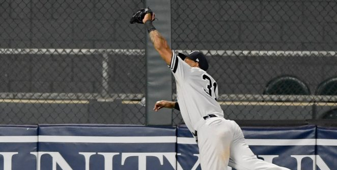 Yankees Beat Twins in the Game of the Year